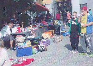Es gab Kindertextilien, Spielzeug und Sportgeräte.